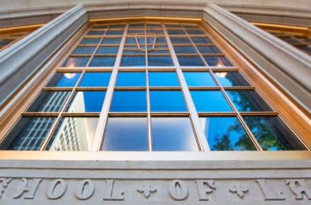 Como as universidades dos EUA estão preparando seus alunos para o Direito 4.0