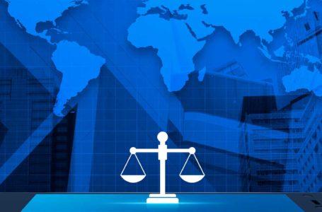 Como estão sendo realizadas as audiências e julgamentos online ao redor do mundo?