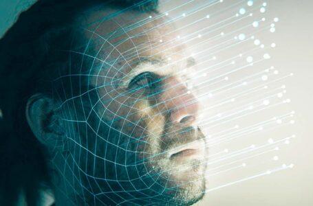"""Software que lê emoções promete identificar """"criminosos"""" antes de agirem"""