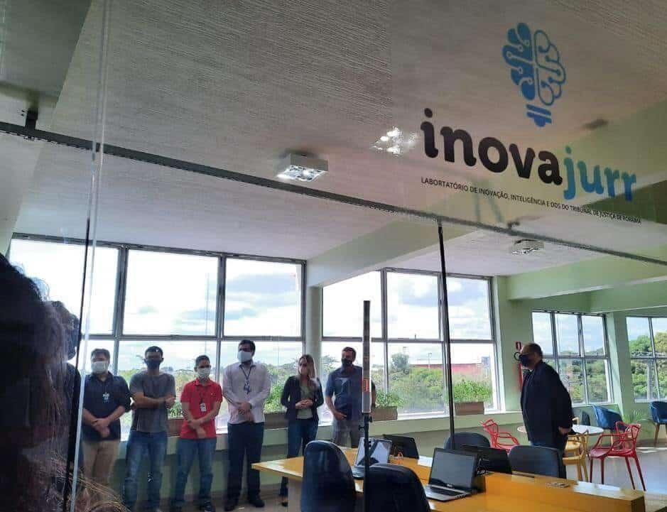 laboratório de inovação e inteligência 01