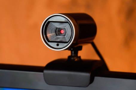 Audiências virtuais tornam os julgamentos mais difíceis, afirma advogado britânico